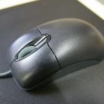 軽くて握りやすい光学式マウス Microsoft Wheel Mouse Optical 1.1A