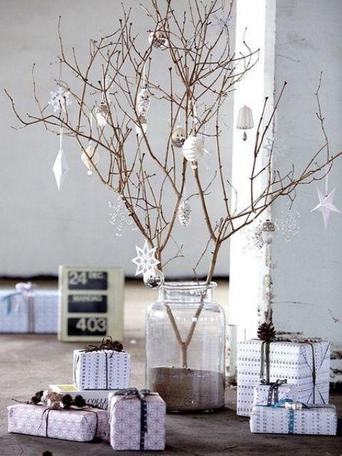 minimalist-christmas-trees-7