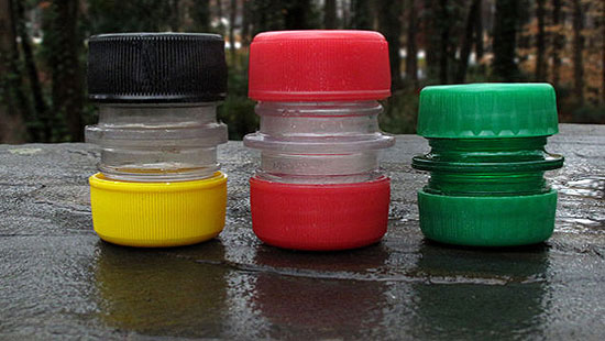 pet-bottole-caps-container-1
