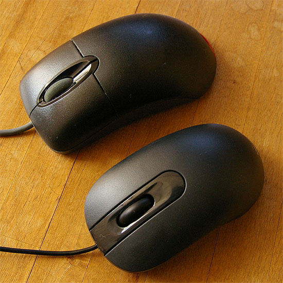 microsoft-optical-mouse-200-2