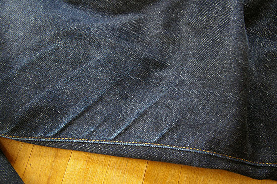uniqlo-selvedge-jeans-1year-3