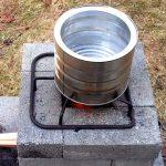 レンガブロックを積み上げるだけの簡易ロケットストーブの作り方