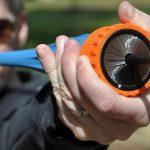 スリングショット(パチンコ)の進化形 ポケットショット ペットボトルとゴム風船で自作も可能